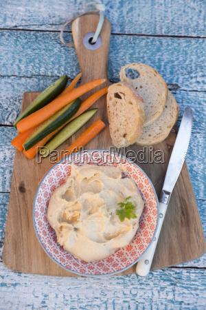hummus chick peas carrots cucumber baguette