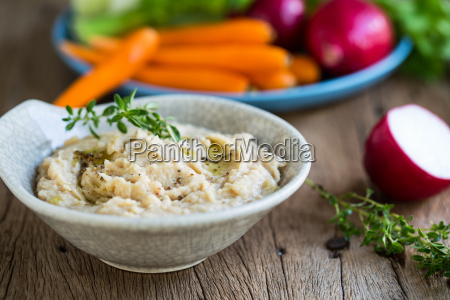 cannellini or white beans dip