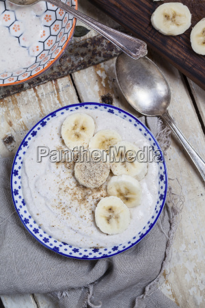 smoothie bowl of banana curd cheese