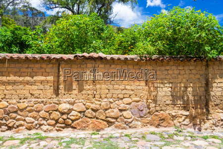 old wall in villa de leyva