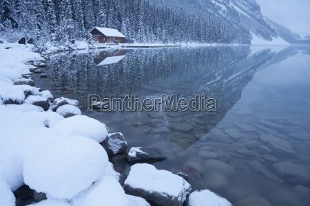 boat house at lake louise banff