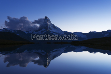 the matterhorn 4478m illuminated in honour