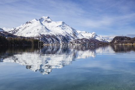 piz da la margna is reflected