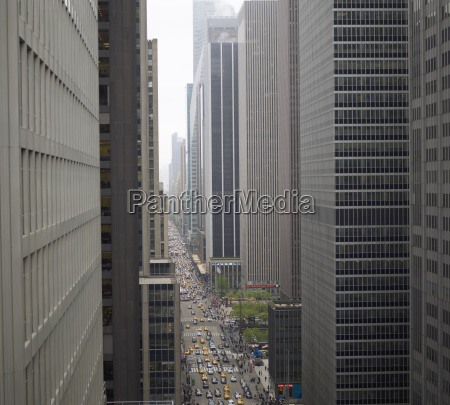 fahrt reisen bauten stadt verkehr verkehrswesen