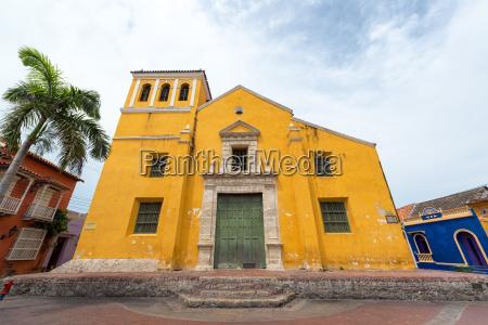 yellow church in cartagena
