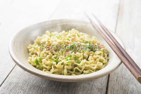 asian dried ramen noodles