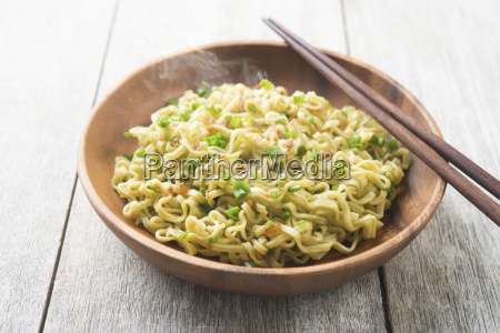 delicious asian japanese dried ramen noodles