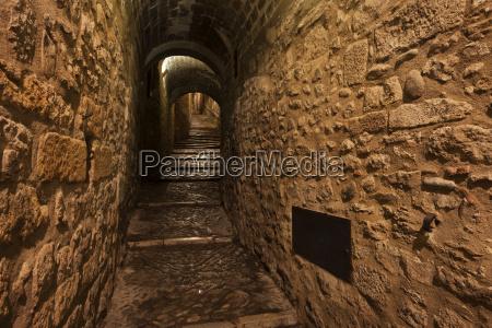 spain girona narrow passageway in
