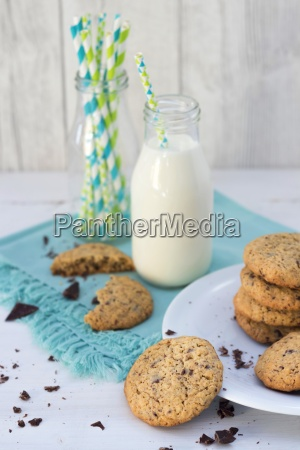 flapjacks with chocolate chips and bottle
