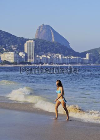 blick auf die copacabanario de janeirobrasiliensuedamerika