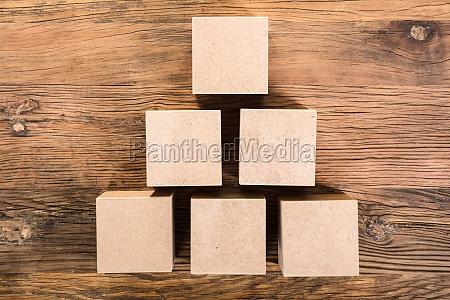 holz pyramide form abmachen gestalten boxen