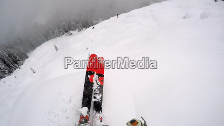 risiko abenteuer idyllisch pulver skilaufen skifahren