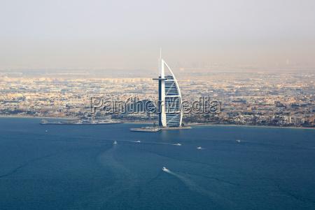 dubai burj al arab hotel meer